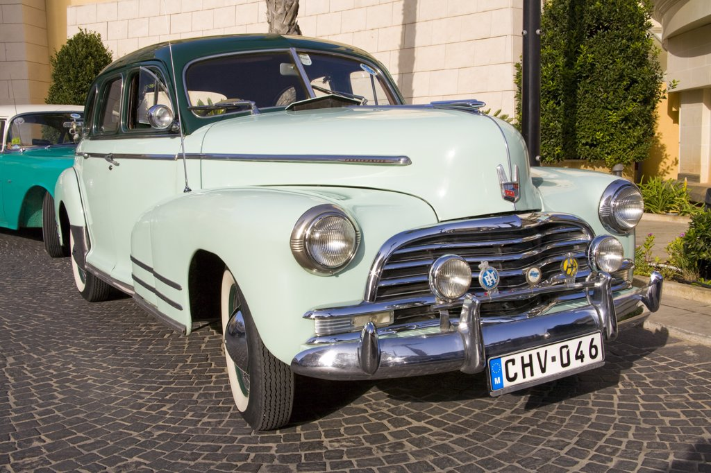 Stock Photo: 4290-1336 Chevrolet Fleetmaster car parked by the roadside, Portomaso, Saint Julian's, Malta