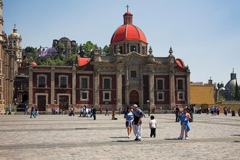 Parroquia de Santa Maria de Guadalupe Capuchinas, Basilica de Nuestra Senora de Guadalupe, Mexico City, Mexico : Stock Photo