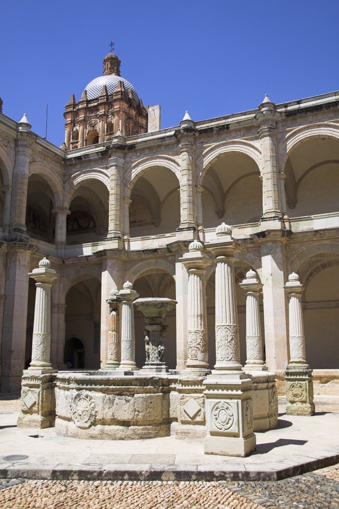 Museo de las Culturas de Oaxaca, Calle Macedonio Alcala, Oaxaca, Oaxaca State, Mexico : Stock Photo