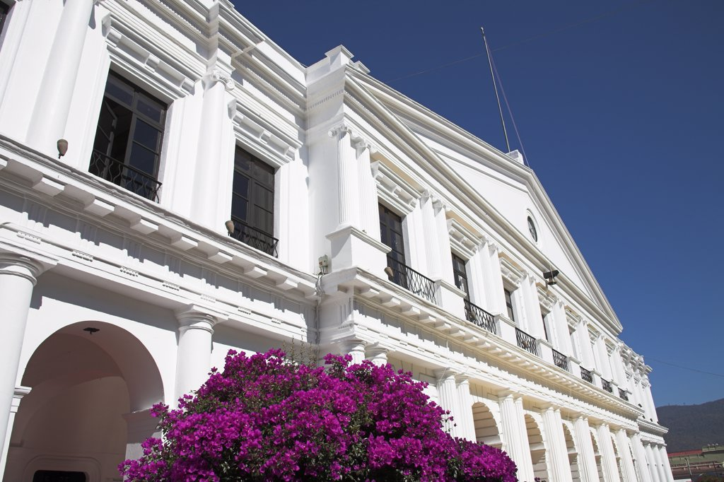Palacio Municipal, Town Hall, Plaza 31 de Marzo, San Cristobal de las Casas, Chiapas, Mexico : Stock Photo