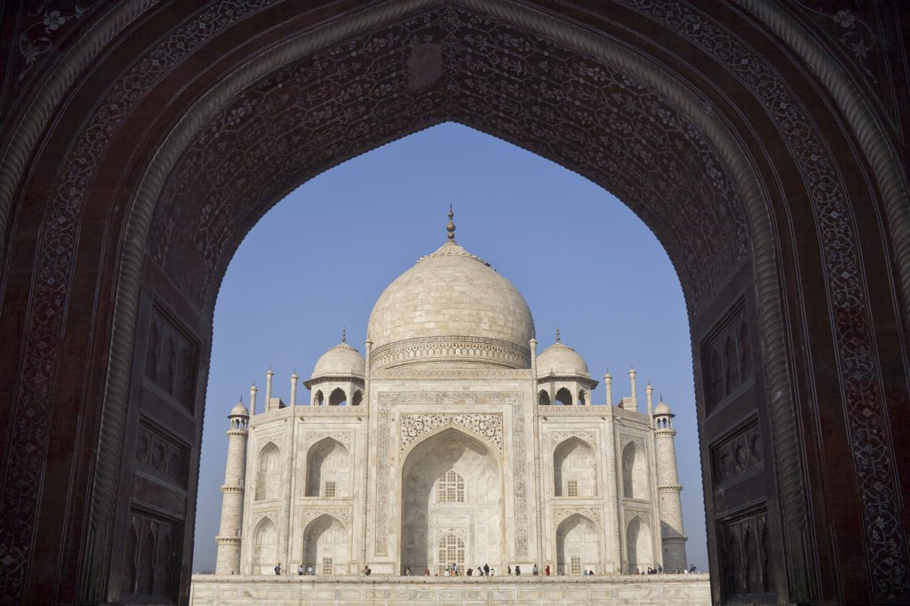 Stock Photo: 4290-2302 Taj Mahal, through the arch of the Royal or Great Gate, Agra, Uttar Pradesh, India