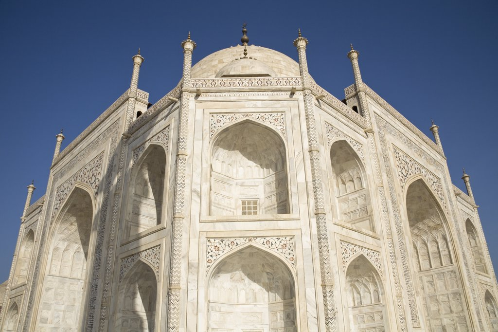 Stock Photo: 4290-2318 Close up view of the Taj Mahal, Agra, Uttar Pradesh, India