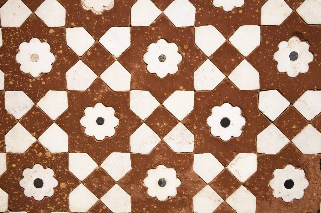 Stock Photo: 4290-2363 Patterned wall at the Itimad-ud-Daulah, Agra, Uttar Pradesh, India