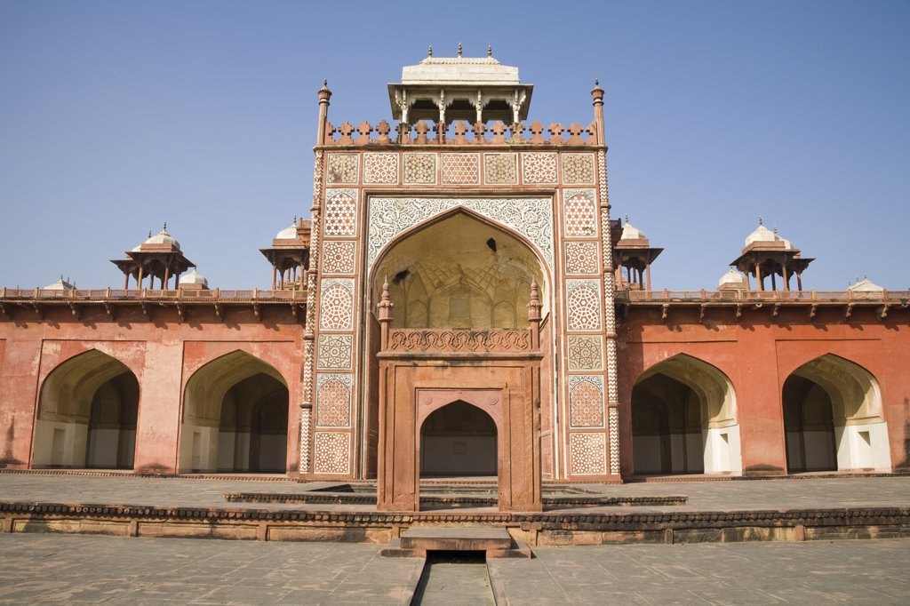 Stock Photo: 4290-2447 Akbar's Mausoleum, Sikandra, near Agra, Uttar Pradesh, India