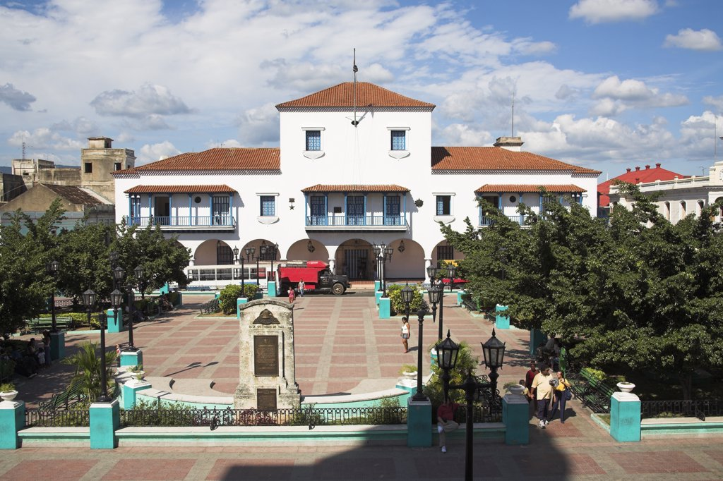 Stock Photo: 4290-2723 Ayuntamiento, Town Hall, Parque Cespedes, Santiago de Cuba, Cuba