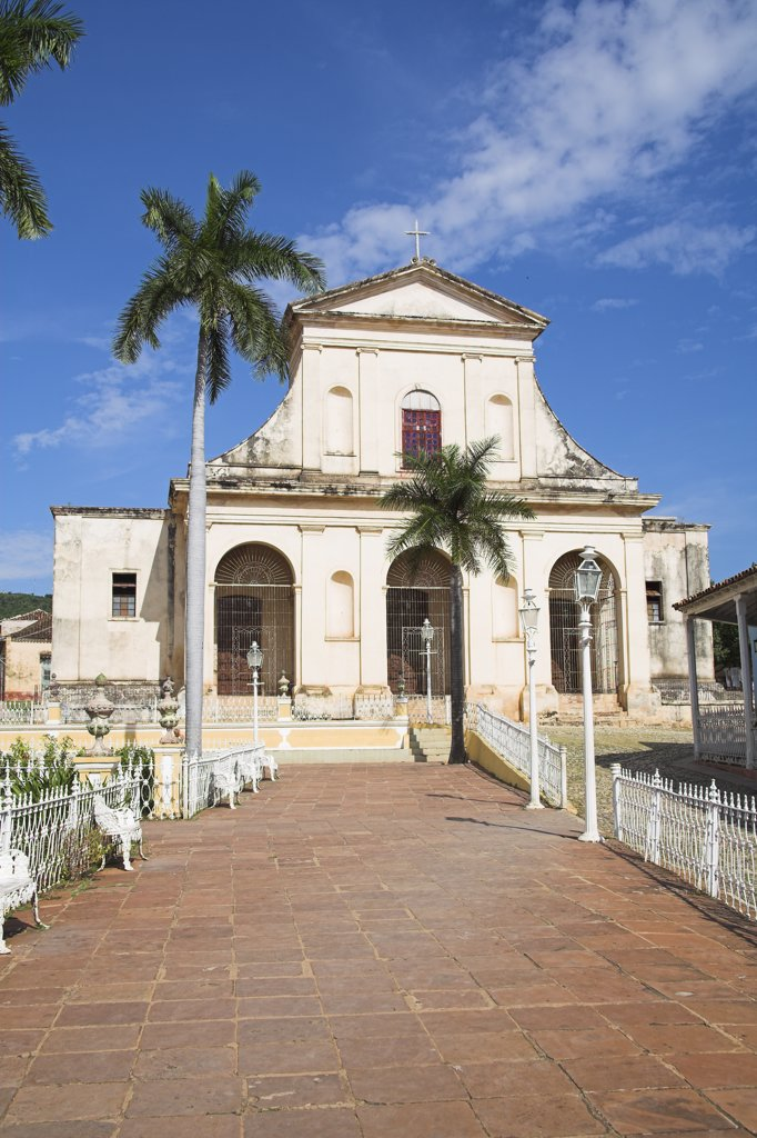 Iglesia de Santisima Trinidad, Parroquial Mayor, Holy Trinity Church, Plaza Mayor, Trinidad, Sancti Spiritus Province, Cuba : Stock Photo