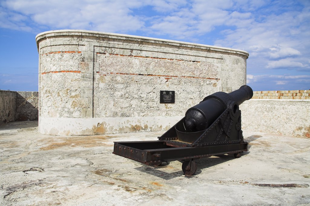 Stock Photo: 4290-2903 Cannon, El Morro Fortress, Morro Castle, Havana, La Habana Vieja, Cuba
