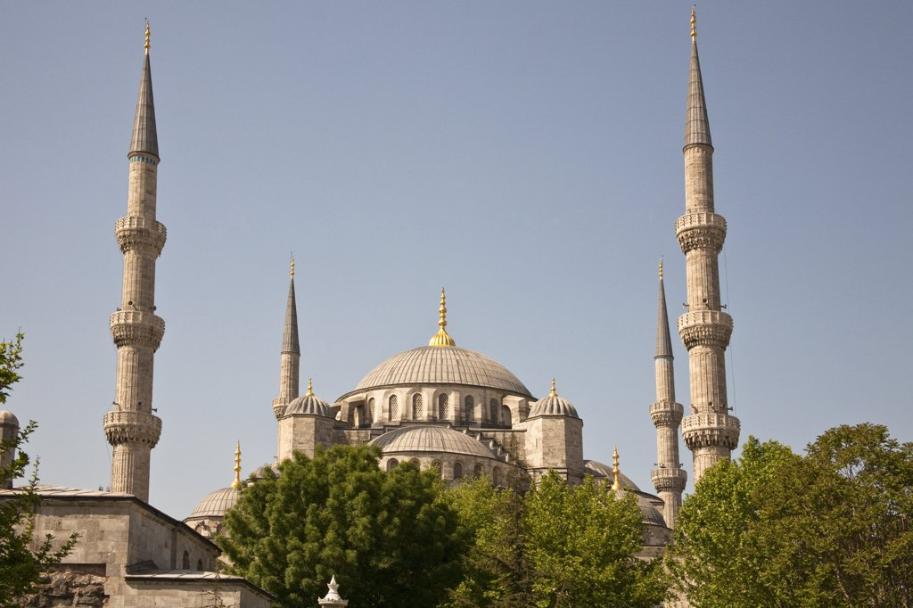 Stock Photo: 4290-3506 Sultanahmet Mosque, also known as the Blue Mosque and Sultan Ahmed Mosque, Istanbul, Turkey
