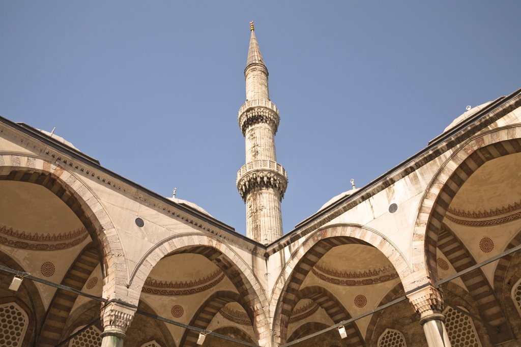 Stock Photo: 4290-3517 Minaret, Sultanahmet Mosque, also known as the Blue Mosque and Sultan Ahmed Mosque, Istanbul, Turkey
