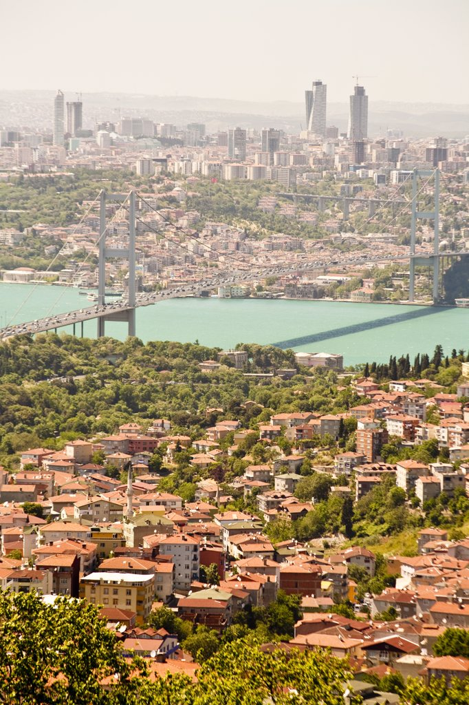 Panoramic view of the Bosphorus Bridge over the Bosphorus Strait, from Camlica Hill, on Asian side of Istanbul, Istanbul, Turkey : Stock Photo