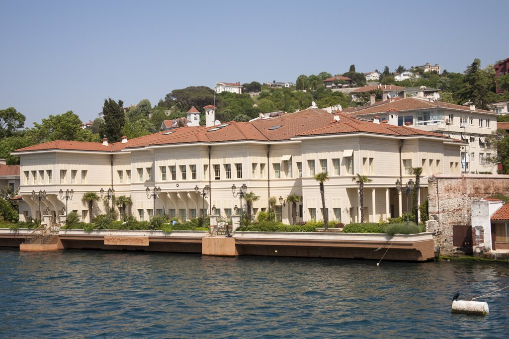 Waterside building beside the Bosphorus, Istanbul, Turkey : Stock Photo