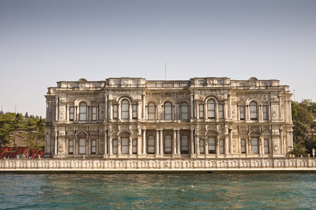 Stock Photo: 4290-3650 Beylerbeyi Palace, Uskudar, on the Asian side of the Bosphorus, Istanbul, Turkey