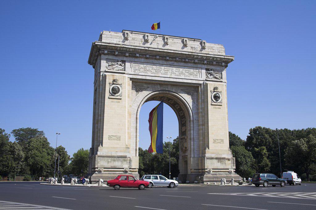 Stock Photo: 4290-3653 Triumphal Arch, Arcul De Triumf, Piata Arcul De Triumf, Sos Kiseleff, Bucharest, Romania