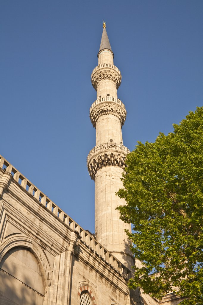 Minaret, Sultanahmet Mosque, also known as the Blue Mosque and Sultan Ahmed Mosque, Istanbul, Turkey : Stock Photo