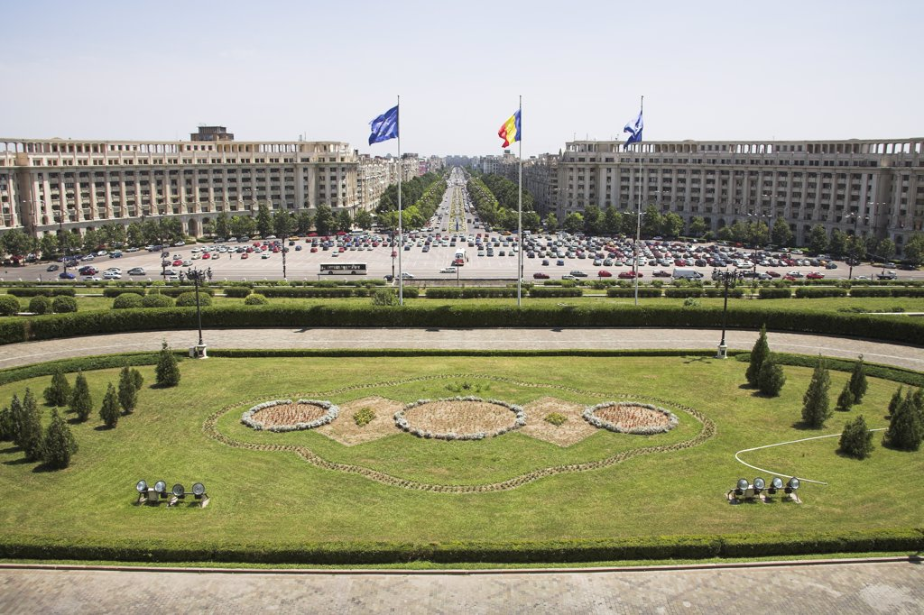 Stock Photo: 4290-3786 View of Unirii Boulevard, from Palace of Parliament, Peoples Palace, Casa Poporului, Bucharest, Romania
