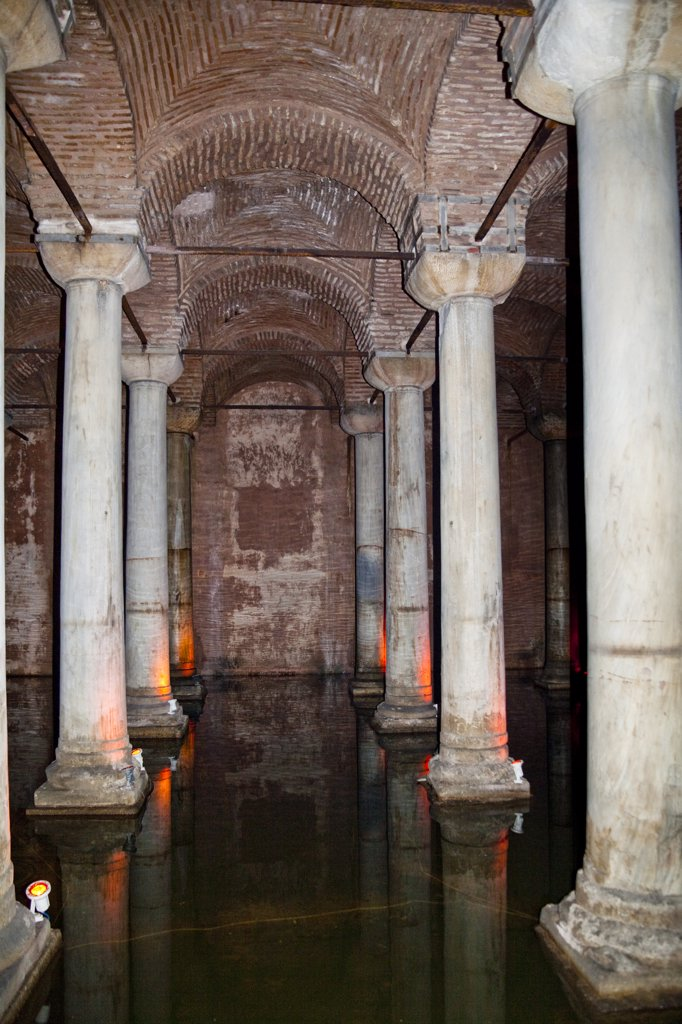 Stock Photo: 4290-3891 The Basilica Cistern, Yerebatan Sarnici, Sultanahmet, Istanbul, Turkey