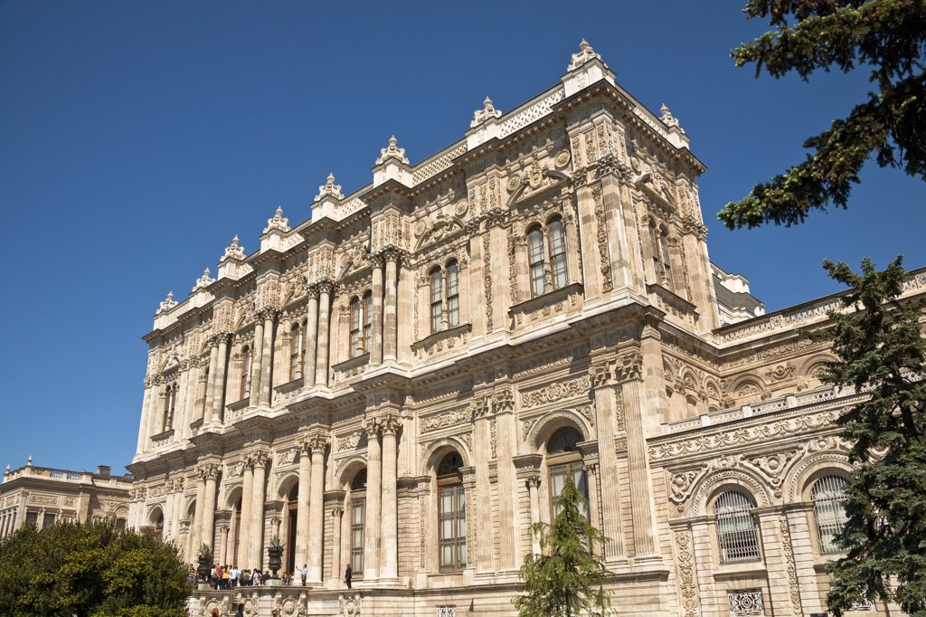 Stock Photo: 4290-3945 Dolmabahce Palace, Istanbul, Turkey