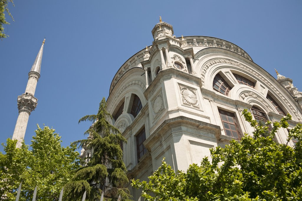 Stock Photo: 4290-3959 Dolmabahce Mosque, Istanbul, Turkey