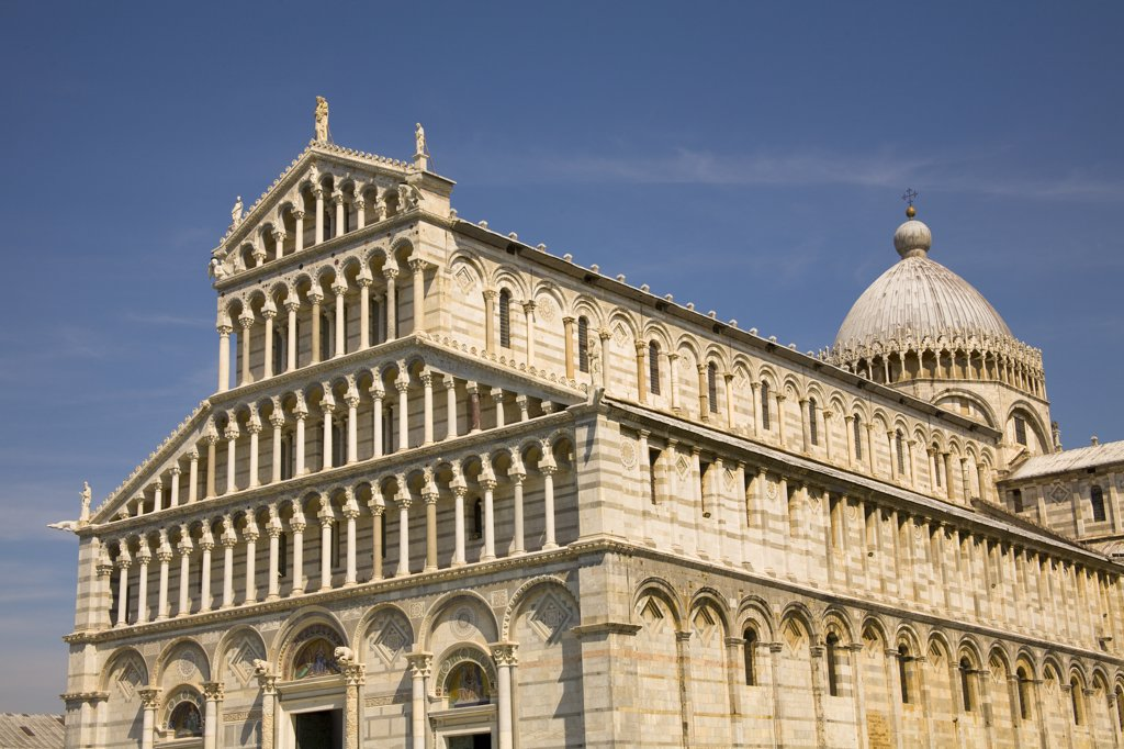 Stock Photo: 4290-4841 The cathedral, Piazza del Duomo, Pisa, Tuscany, Italy