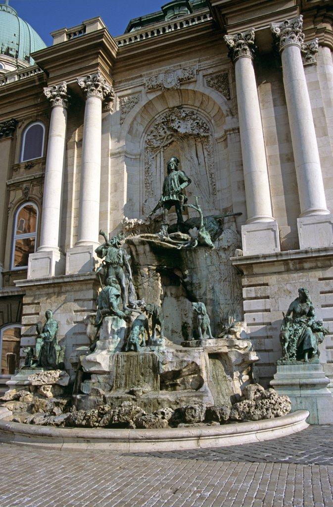 Stock Photo: 4290-6711 Castle and Palace complex, Saint George's Square, Castle Hill District, Budapest, Hungary. King Matyas (Matthias) Fountain