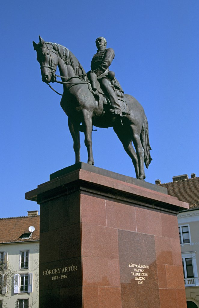 Stock Photo: 4290-6727 Gorgey Artur (1818 to 1916) statue, Castle Hill District, Budapest, Hungary