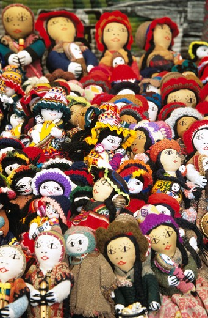 Colourful dolls on stall, Pisac Market, Pisac, near Cusco, Peru : Stock Photo
