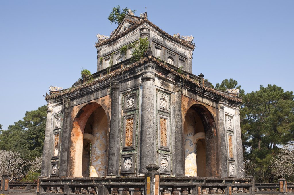 Vietnam, Tomb of Emperor Tu Duc, Stele Pavilion incorporating memorial to Tu Duc's reign : Stock Photo