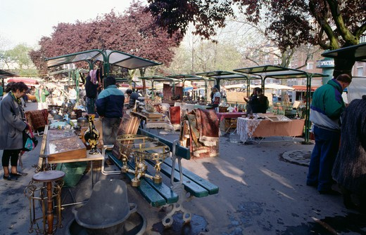 Stock Photo: 4291-24587 Stall-holders and people browsing in open-air market in Paris