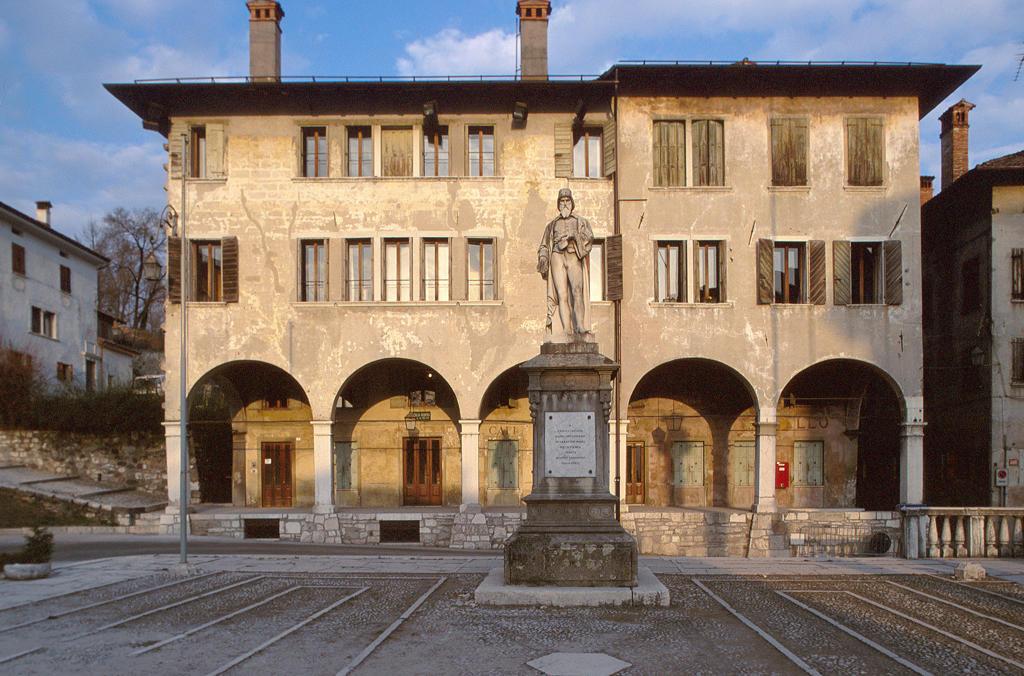 Italy, Veneto, Feltre, piazza Maggiore : Stock Photo