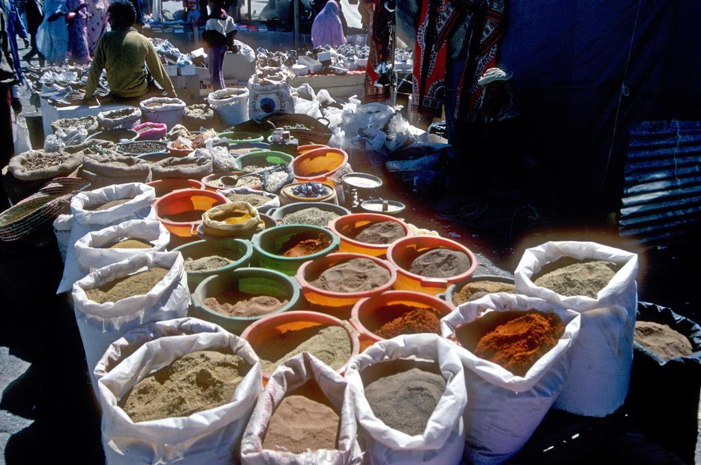 Algeria, Tamanrasset, south market : Stock Photo