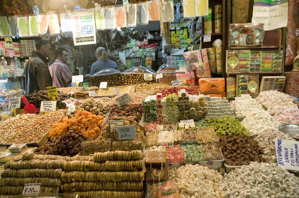 Turkey, Istanbul, market bazaar : Stock Photo