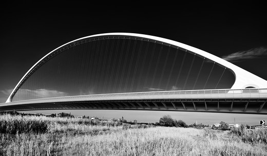Stock Photo: 4292-104617 Italy, Emilia Romagna, austostrada del sole (highway), Santiago Calatrava bridge