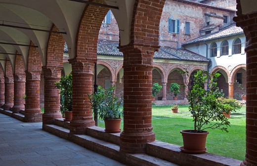 Stock Photo: 4292-10524 Italy, Piedmont, Casale Monferrato,the Dominican's cloister