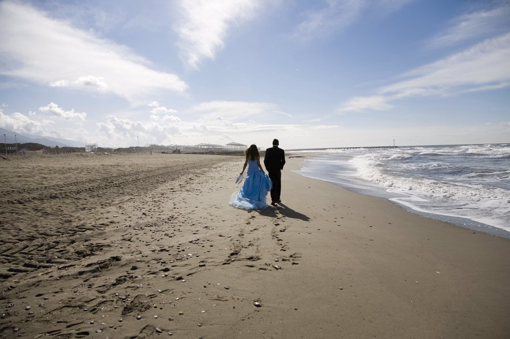 Wedding day on the beach : Stock Photo