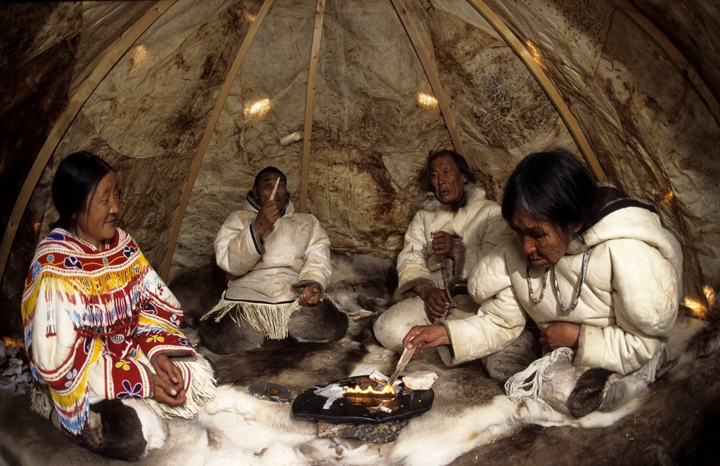 Stock Photo: 4292-111032 Canada, Baker Lake, Nanuvut, inuit group on typical tent