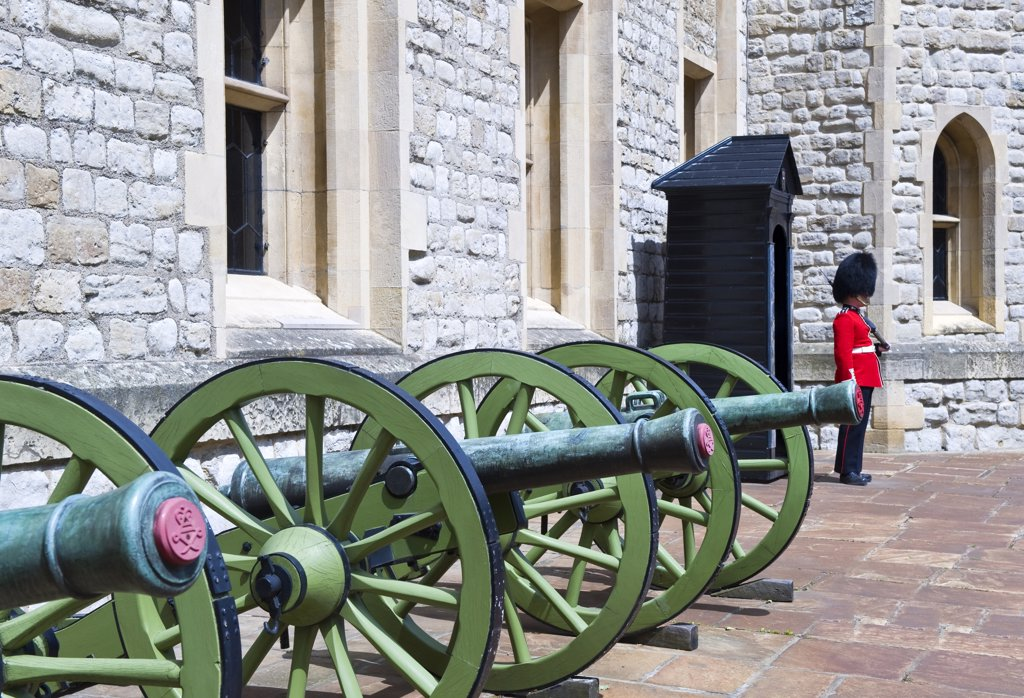 Stock Photo: 4292-113717 UK, England, London.royal guard at London Tower.