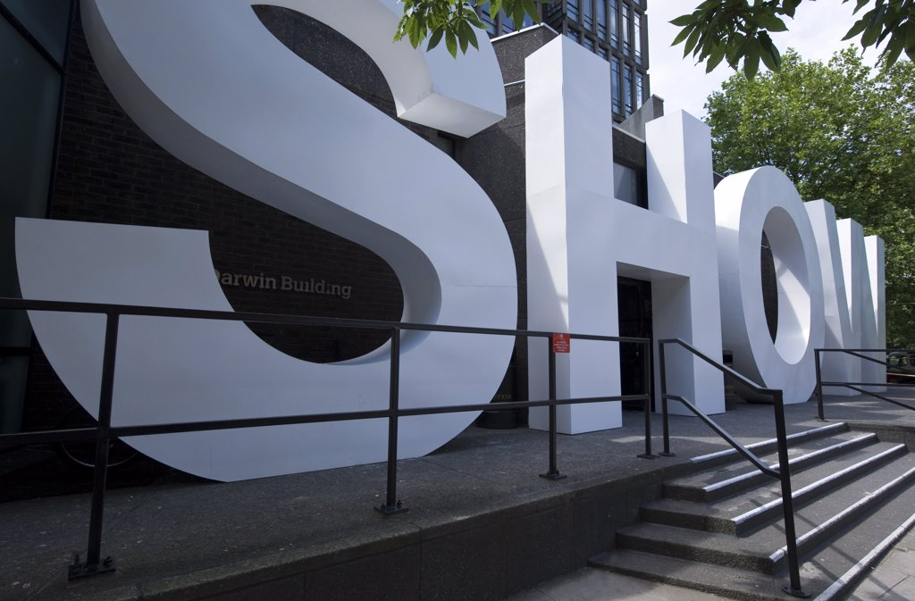 Stock Photo: 4292-113740 London, a show's entrance of the Royal College of Art in South Kensington