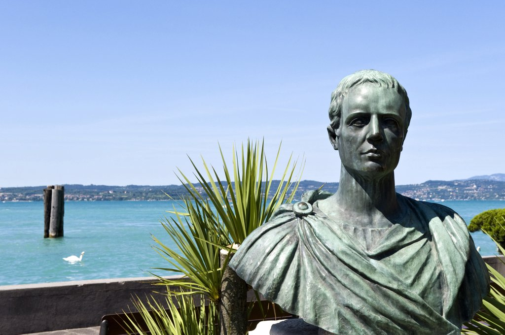 Stock Photo: 4292-113754 Italy, Lombardy, Garda lake,Sirmione,the bronze bust of Catullo