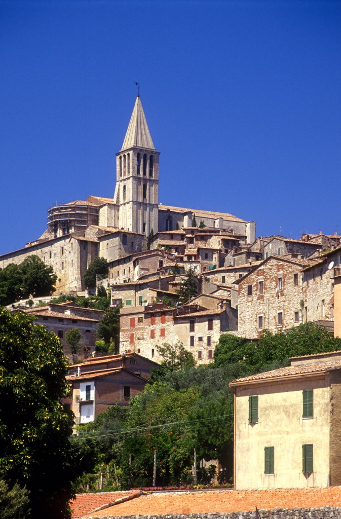 Stock Photo: 4292-116682 Italy, Umbria, Todi,cityscape