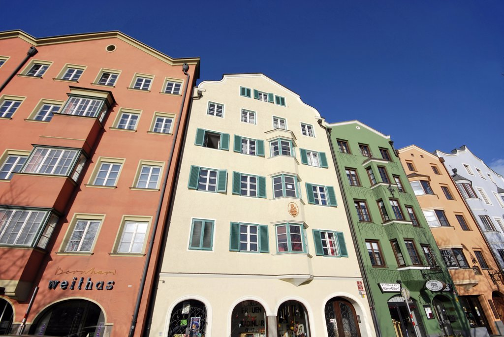 Stock Photo: 4292-118272 Austria, Innsbruck, typical houses