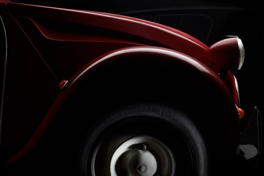 Stock Photo: 4292-121209 Citroen Deux Chevaux,detail