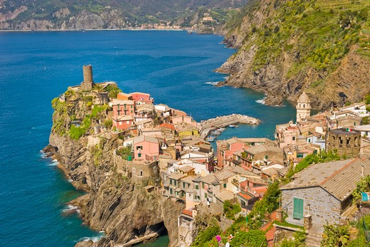 Stock Photo: 4292-123968 Italy, Liguria, Cinque Terre, The village of Vernazza.