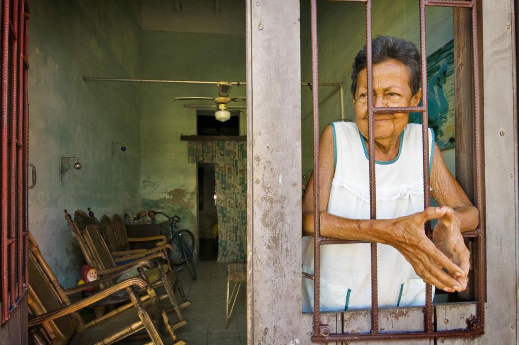 Cuba, Camaguey, local woman : Stock Photo