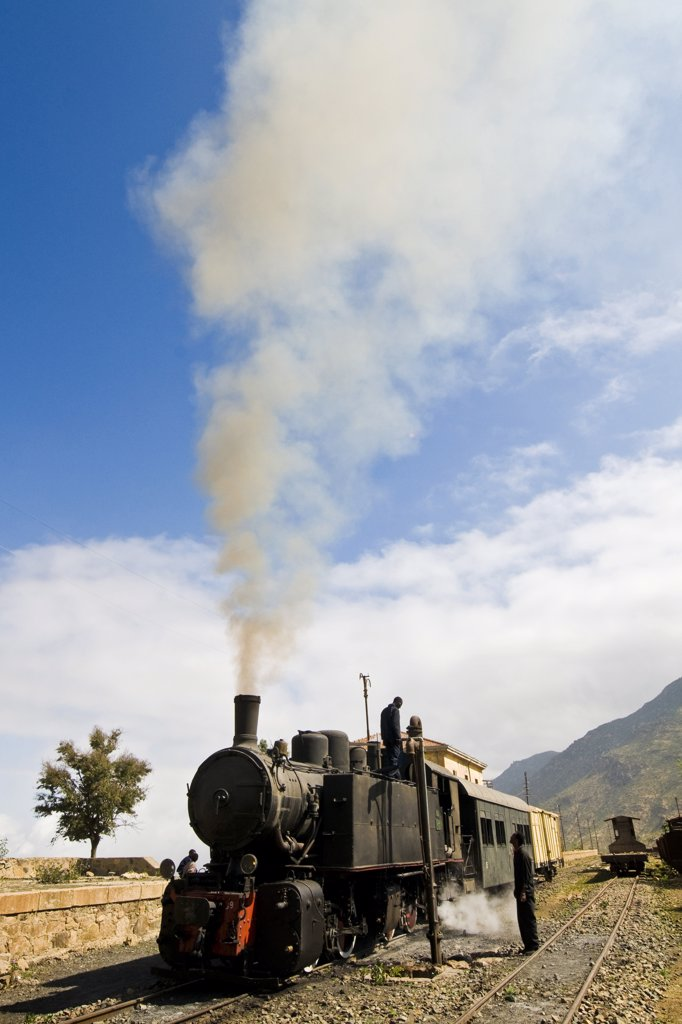Stock Photo: 4292-124794 Africa, Eritrea, railway from Asmara to Massawa