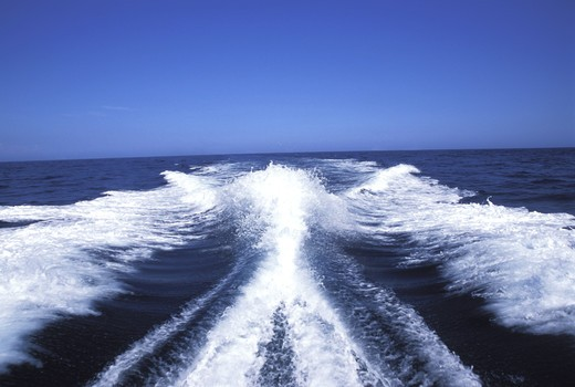 Stock Photo: 4292-12709 Wake behind a speed boat