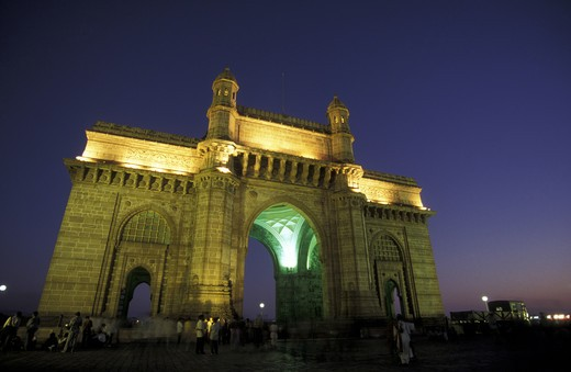 The gateway of India in the majority city of Bombay or Munmai in the province of Mumbai in west India in India. : Stock Photo