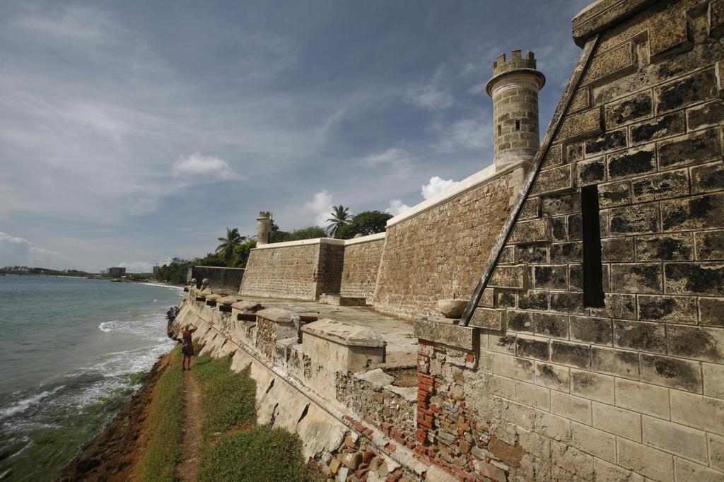 Castillo de San Carlos Borromeo on the Caribbean coast of Pampatar on the island Margarita, Venezuela : Stock Photo