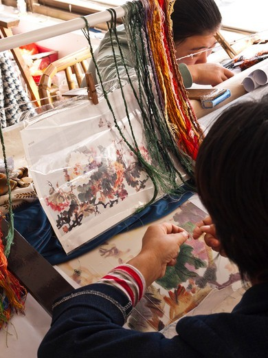 Stock Photo: 4292-138092 China, Suzhou, silk embroidery workshop