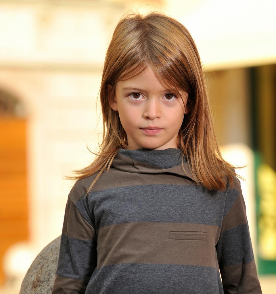 Stock Photo: 4292-141001 Girl's portrait