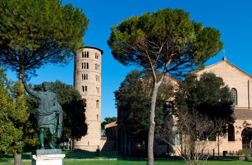 Stock Photo: 4292-144707 Italy, Ravenna, Sant'Apollinare in Classebasilica